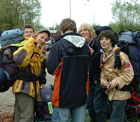 SuReAc 2007: Een groepje scouts uit Axel is klaar voor vertrek. foto Peter Nicolai